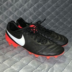 Brand new Nike cleats!!